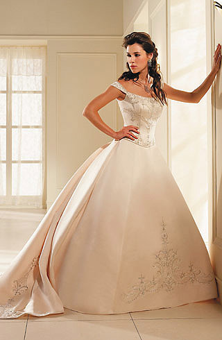 satin, corset si bretele cu aplicatii de cristale Swarovski, rochie cu broderie
