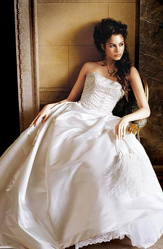 rochie de satin si matase cu corset cu strasuri (Lazaro)