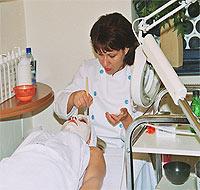 Acneea poate fi tratata eficient in 95% din cazuri