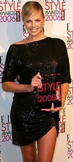 Femeia anului: Charlize Theron