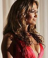 Jennifer Lopez va poza pentru calendarul Pirelli