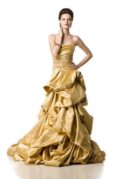 Irina Schrotter lanseaza colectia primavara - vara 2011