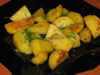 Cartofi la cuptor cu usturoi
