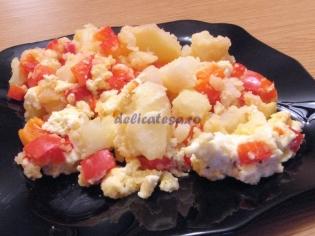 Budincă de cartofi cu ardei gras