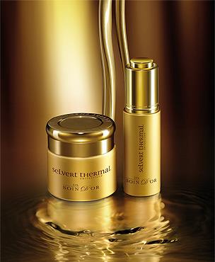 Tratament luxuriant cu foita de aur