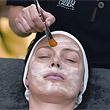 Tratament cu kiwi anti pete si iluminare