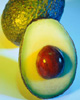 Fructele de avocado sunt o sursa bogata in vitamina E, antioxidanti si acizi grasi